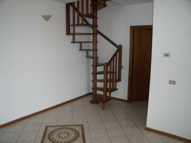 Appartamento in Vendita a Serravalle Pistoiese Centro: 4 locali, 107 mq