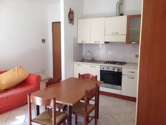 Appartamento in buone condizioni arredato in vendita Rif. 4522253