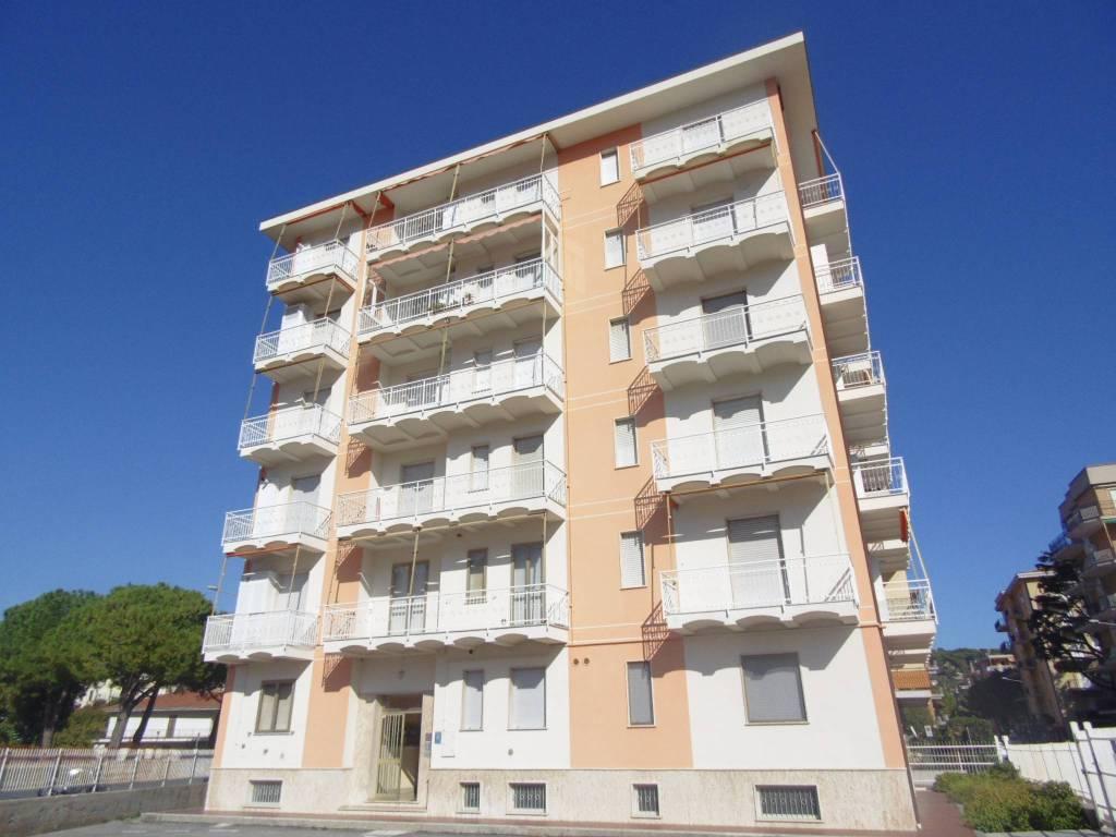 Appartamento bilocale in vendita a Andora (SV)