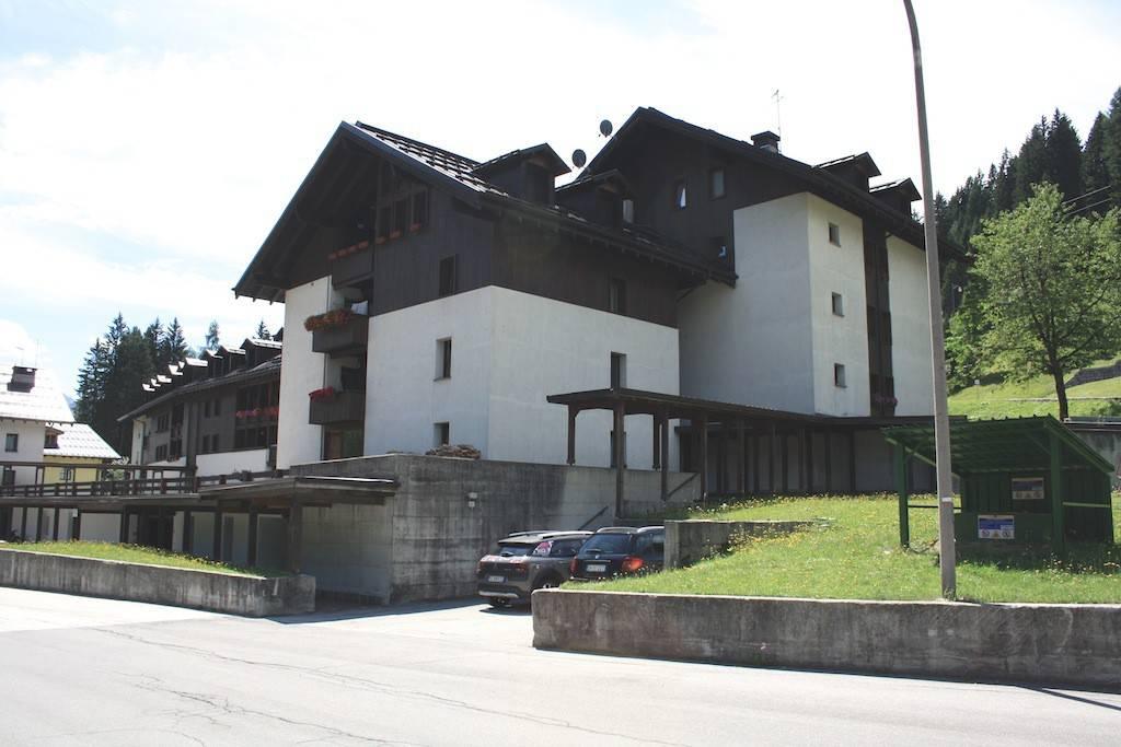 Attico in Vendita a Pinzolo Centro: 5 locali, 170 mq