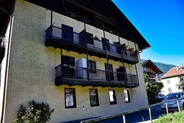 Appartamento in buone condizioni in vendita Rif. 4890089
