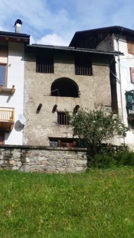 Rustico / Casale da ristrutturare in vendita Rif. 4890022