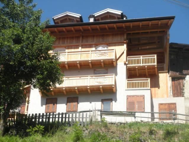 Appartamento in ottime condizioni in vendita Rif. 4890039