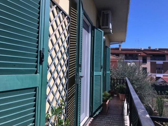 Appartamento in ottime condizioni in vendita Rif. 7325012