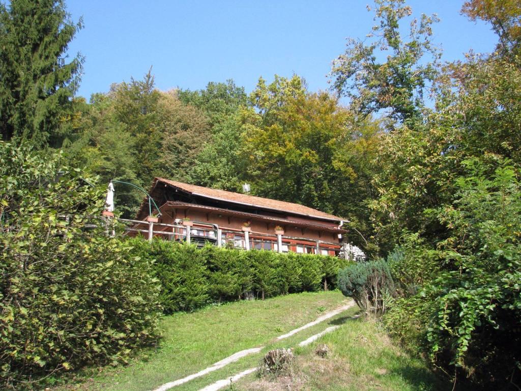 Rustico / Casale da ristrutturare in vendita Rif. 7720517