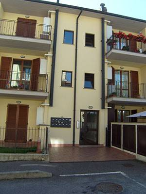 Appartamento in ottime condizioni in vendita Rif. 4520032