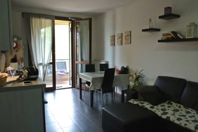 Appartamento in buone condizioni in vendita Rif. 5008754