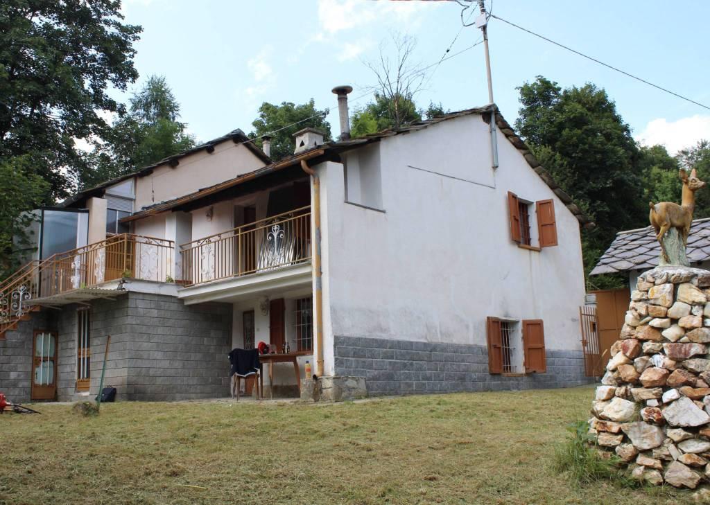 Casa Indipendente in buone condizioni in vendita Rif. 4851146
