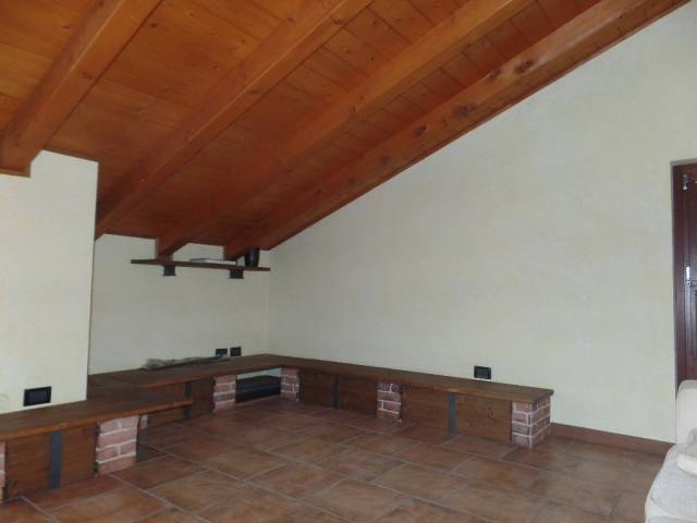 Bilocale Roncello Via Gaetano Donizetti, 31 10
