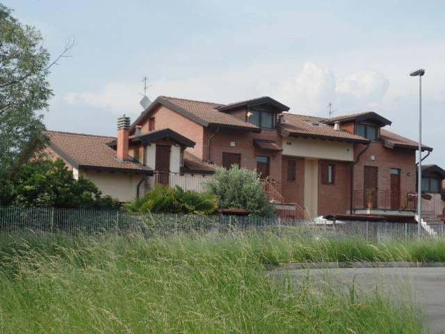 Bilocale Roncello Via Gaetano Donizetti, 31 2