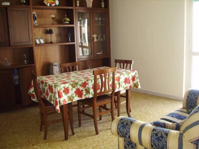 Velletri, appartamento al secondo piano