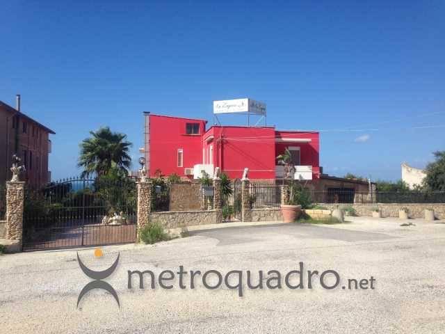 Stabile / Palazzo da ristrutturare in vendita Rif. 7924936