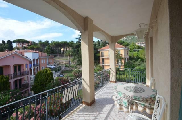 Appartamento in Vendita a Borgio Verezzi Centro: 3 locali, 72 mq