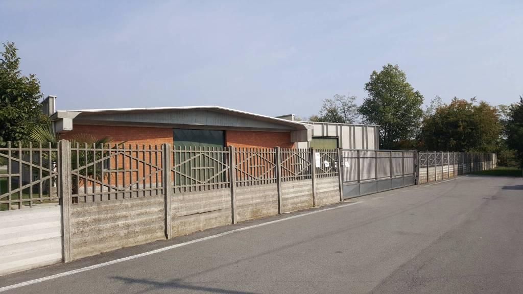 Capannone in affitto a Buscate, 1 locali, prezzo € 2.500 | PortaleAgenzieImmobiliari.it