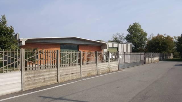 Capannone in affitto a Buscate, 1 locali, prezzo € 2.500   CambioCasa.it