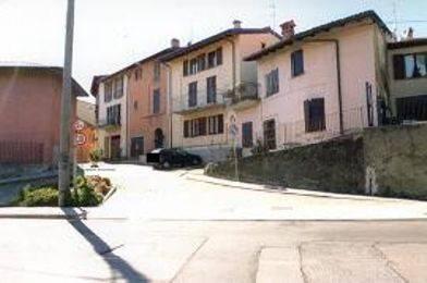 Appartamento in buone condizioni in vendita Rif. 7860848