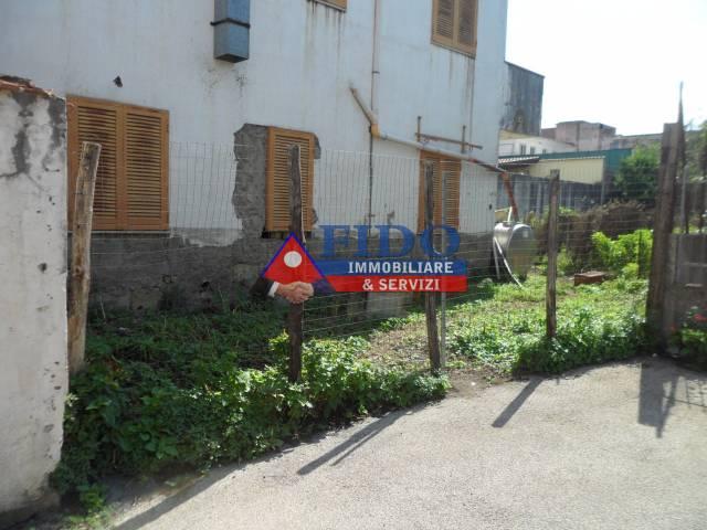 Appartamento da ristrutturare in vendita Rif. 6293297