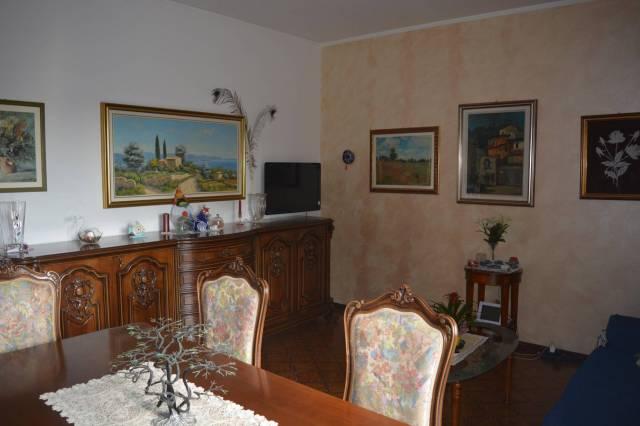 Appartamento in buone condizioni arredato in vendita Rif. 6919362