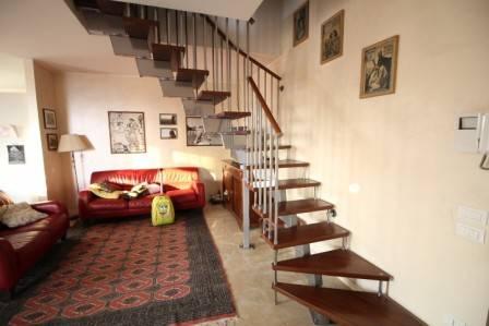 Appartamento in ottime condizioni in vendita Rif. 8269131