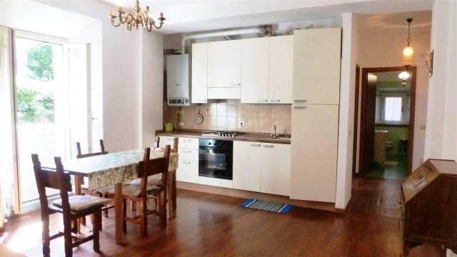 Appartamento in ottime condizioni in vendita Rif. 4253146