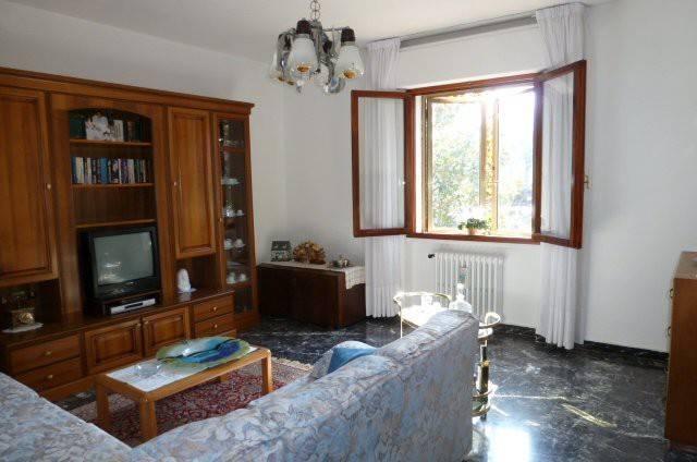 Appartamento in buone condizioni in vendita Rif. 4253177