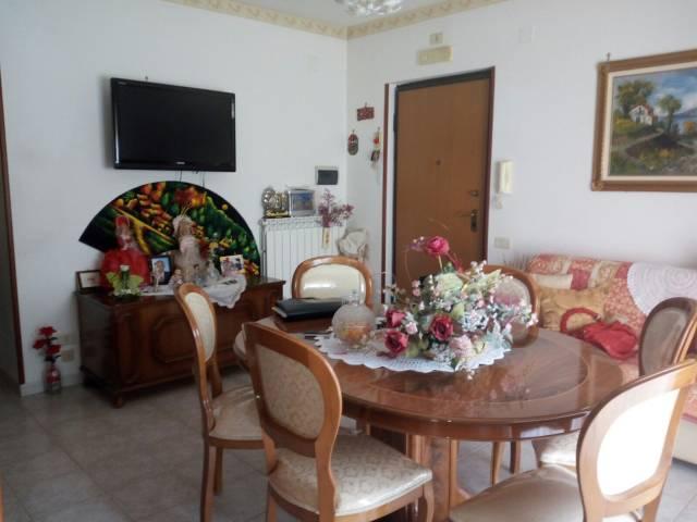 Appartamento con garage Rif.12348367