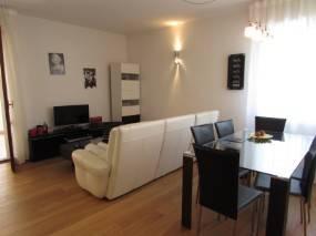 Appartamento in ottime condizioni in vendita Rif. 4917027
