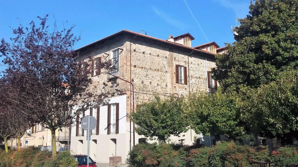 Foto 1 di Quadrilocale corso Re Umberto 25, Ivrea