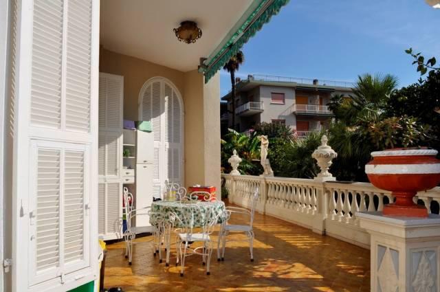Appartamento in Vendita a Bordighera Centro:  3 locali, 244 mq  - Foto 1