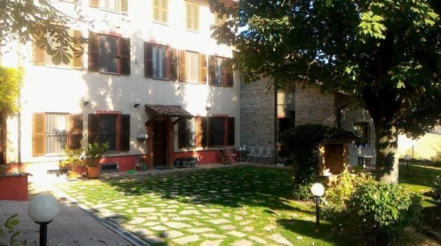 Rustico / Casale in vendita a San Salvatore Monferrato, 6 locali, prezzo € 465.000 | CambioCasa.it