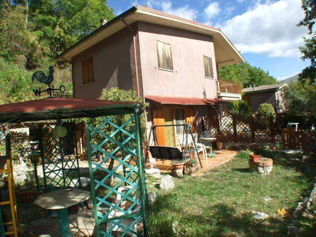 Appartamento in buone condizioni in vendita Rif. 4197489