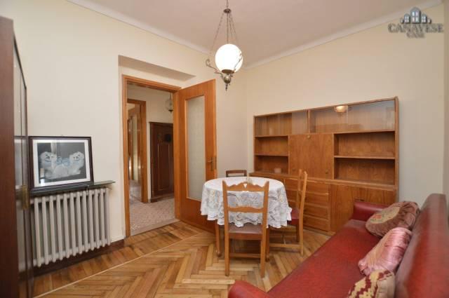 Appartamento in buone condizioni arredato in affitto Rif. 4924570