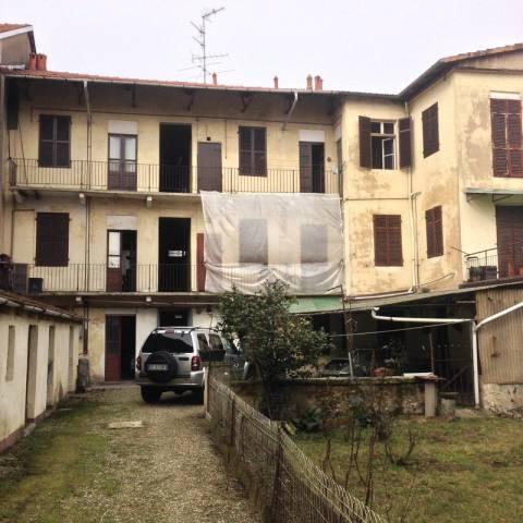 Stabile / Palazzo da ristrutturare in vendita Rif. 4968085