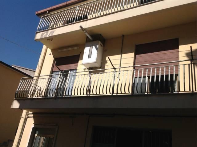 Stabile / Palazzo in buone condizioni in vendita Rif. 4272835