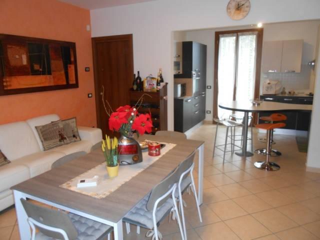 Villa in ottime condizioni parzialmente arredato in vendita Rif. 4261148