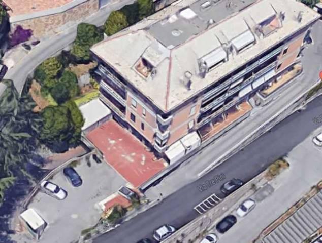Posto-box auto in Vendita a Genova Periferia Est: 10 mq