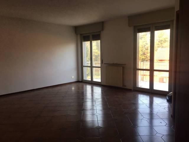 Appartamento in buone condizioni in vendita Rif. 4186457
