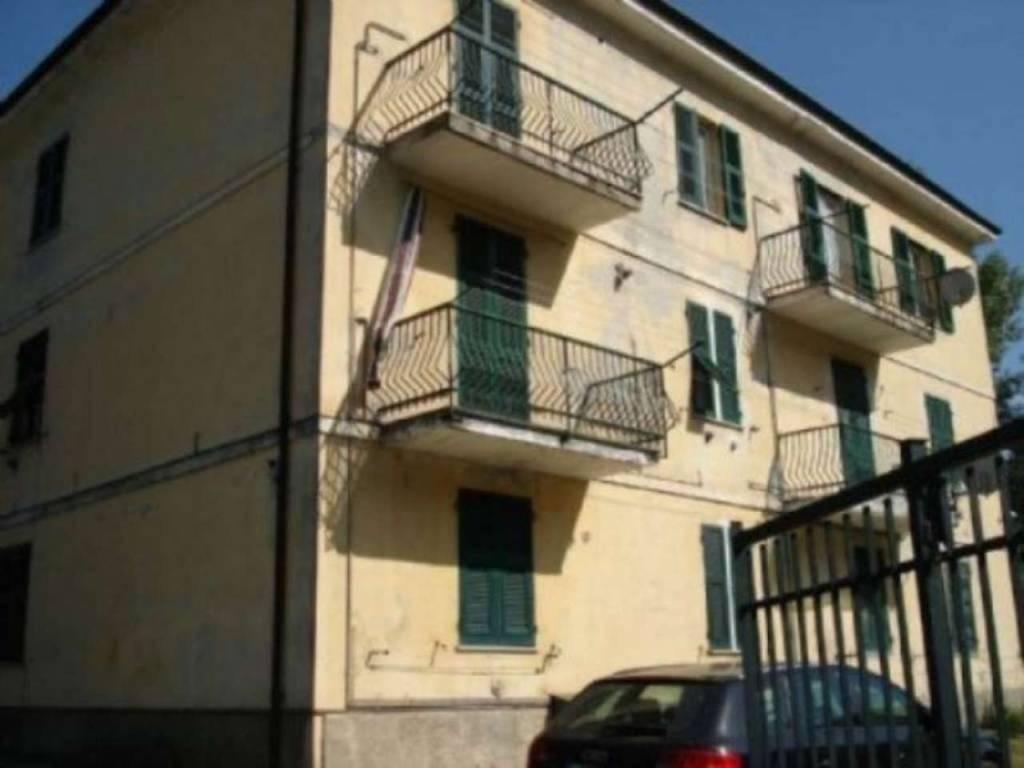 Appartamento in vendita a Voltaggio, 2 locali, prezzo € 70.000   CambioCasa.it