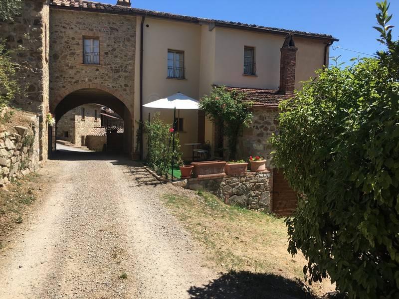 Appartamento ristrutturato in vendita a Cetona