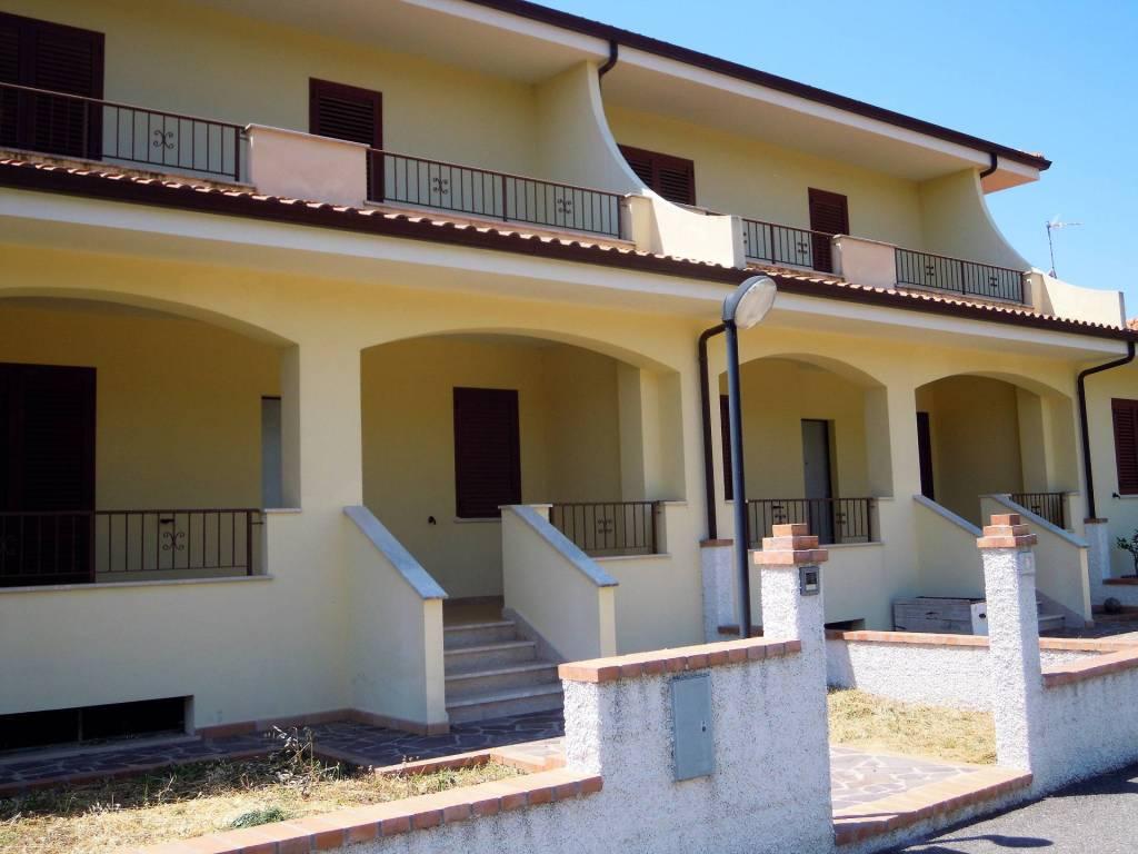 Casa a schiera in Catanzaro, Quartiere Gagliano