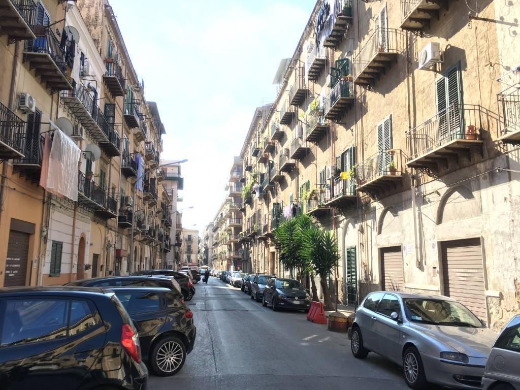 Ufficio-studio in Vendita a Palermo Centro: 4 locali, 70 mq