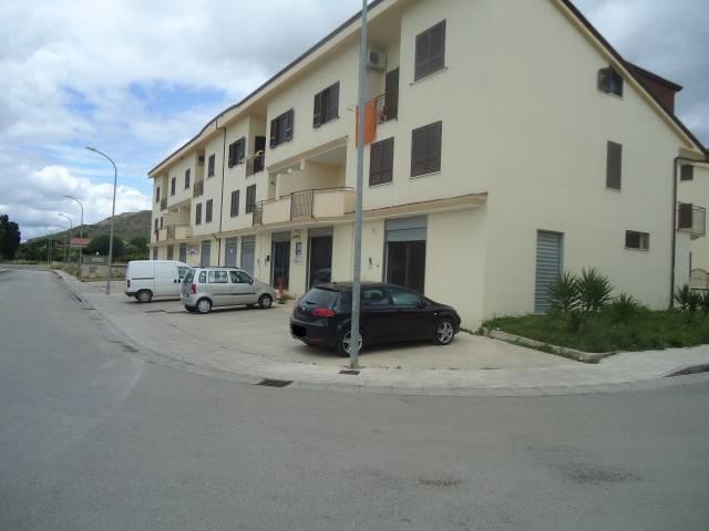 locale commerciale nuovo Rif. 4965204