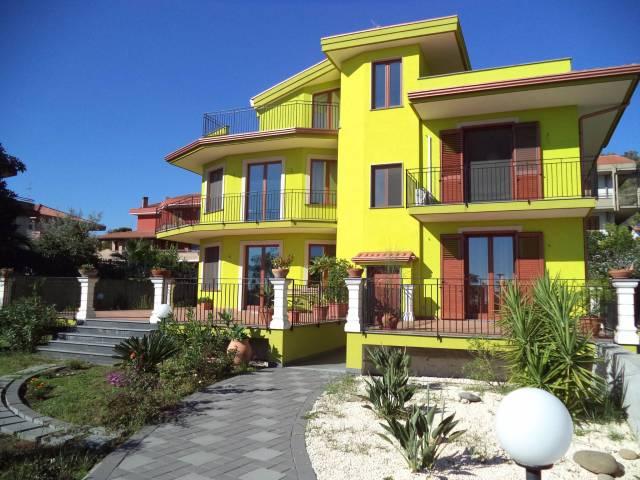 Appartamento in vendita Rif. 4551273
