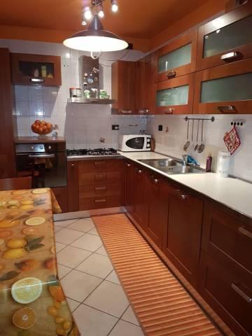Appartamento in ottime condizioni in vendita Rif. 6923087