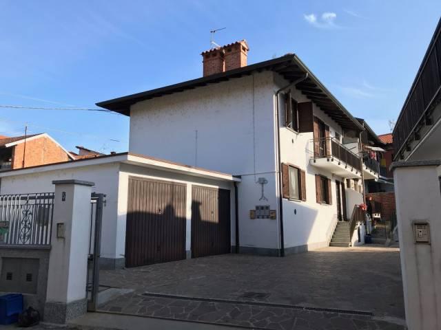 Appartamento in buone condizioni in vendita Rif. 4184814