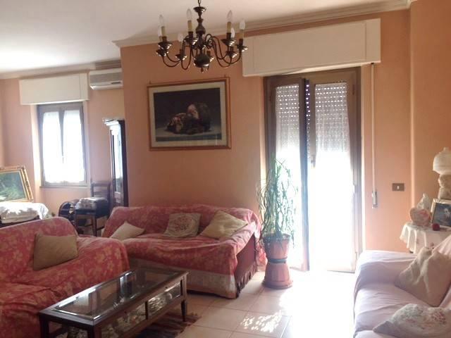 Appartamento in vendita a Roma, 4 locali, zona Zona: 17 . Aventino, San Saba , Piramide, prezzo € 370.000 | CambioCasa.it