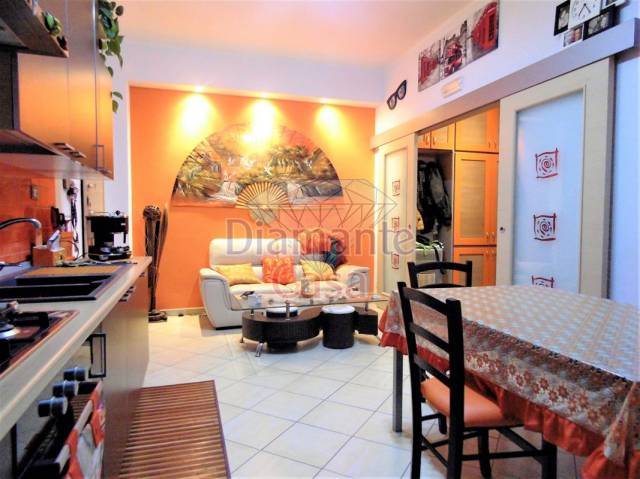 Appartamento in Vendita a Belpasso Periferia: 3 locali, 70 mq