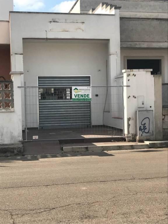 Negozio / Locale in vendita a Veglie, 2 locali, prezzo € 88.000 | CambioCasa.it