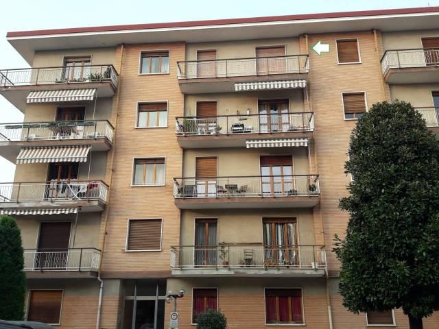 Appartamento in buone condizioni in affitto Rif. 4204989
