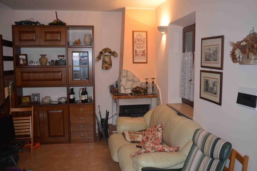 Villa in ottime condizioni arredato in vendita Rif. 8256628